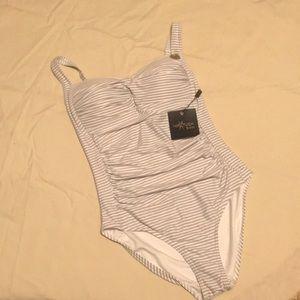 Bathing suit (one piece) Niptuck Swim Size 6
